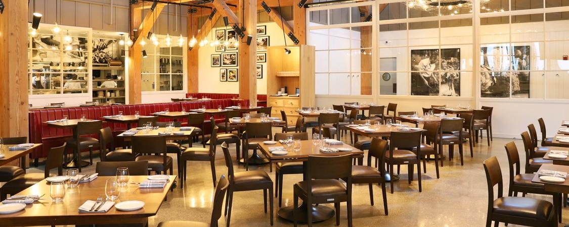 Wolfgang Puck Bar & Grill, Disney Springs
