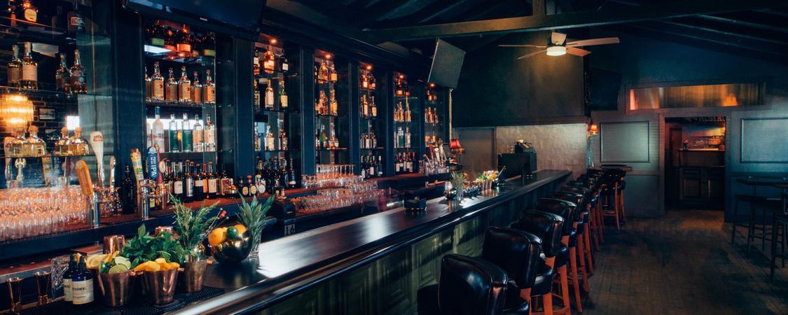 Ivanhoe Restaurant & Bar