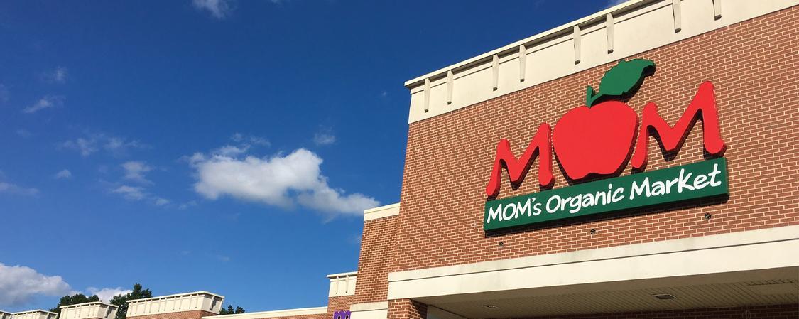 MOM's Organic Market Paramus