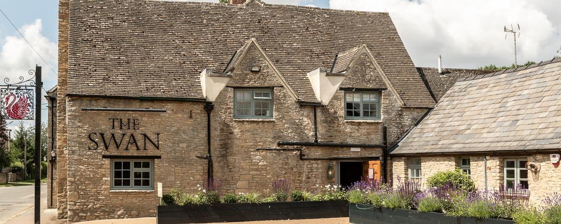 The Swan Inn, Ascott Under Wychwood